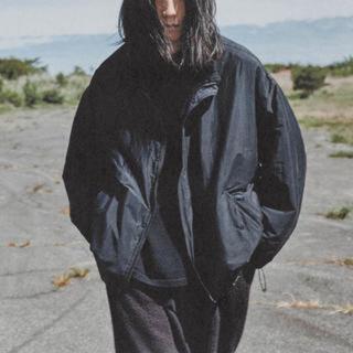 コモリ(COMOLI)の3連休のみ限定値下 comoli ナイロンショートジャケット サイズ3(ナイロンジャケット)