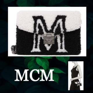 エムシーエム(MCM)の★SALE☆【MCM】2way ロゴムートンクロスボディバッグ(ショルダーバッグ)