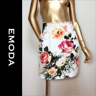 エモダ(EMODA)のEMODA 花柄 スカート*リップサービス リゼクシー DaTuRa セシル(ミニスカート)