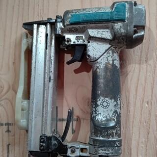 マキタ(Makita)のMakita 10mm エアタッカー(その他)