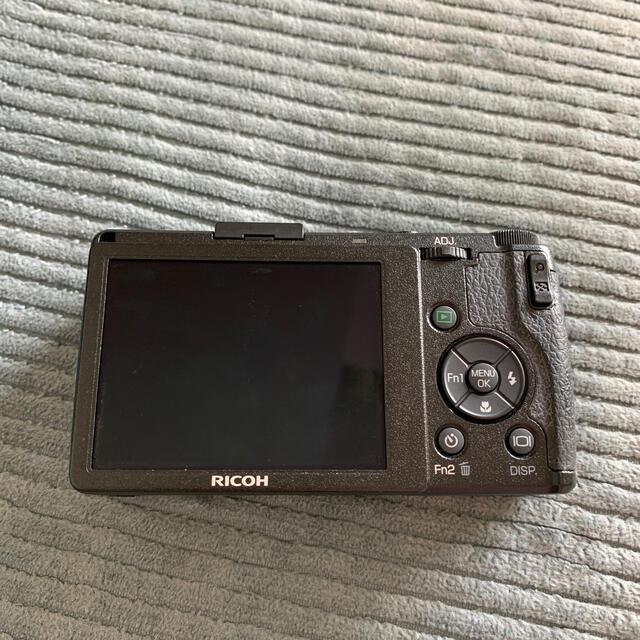 RICOH(リコー)のリコー GR DIGITAL Ⅳ スマホ/家電/カメラのカメラ(コンパクトデジタルカメラ)の商品写真