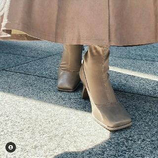 リエンダ(rienda)の新品 rienda  ストレッチスクエアトゥーショートブーツ(ブーツ)