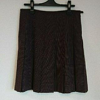 マークバイマークジェイコブス(MARC BY MARC JACOBS)のマークバイマークジェイコブススカート(ひざ丈スカート)