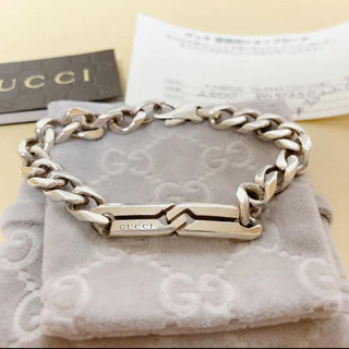 Gucci - GUCCI 西島隆弘着用モデル! ノット インフィニティ ブレスレット