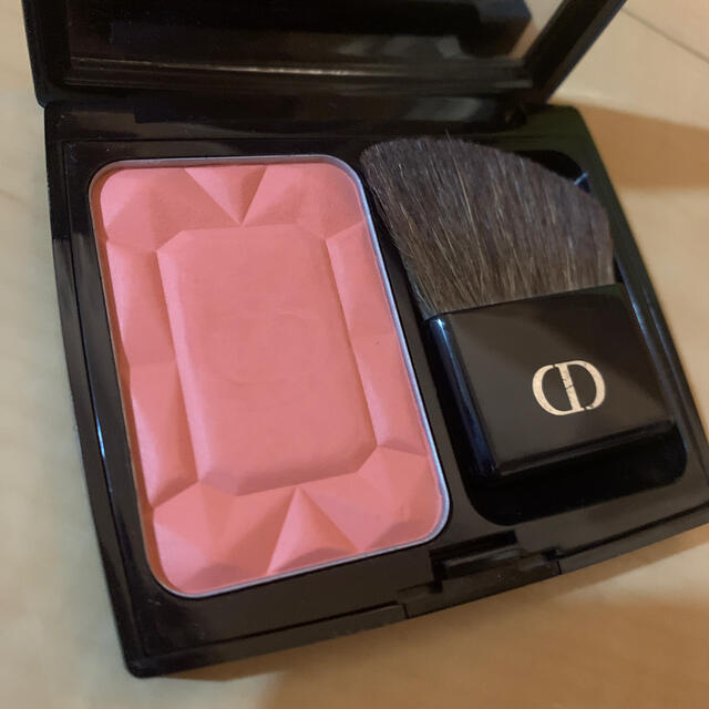 Dior(ディオール)のディオール チーク 864 コスメ/美容のベースメイク/化粧品(チーク)の商品写真