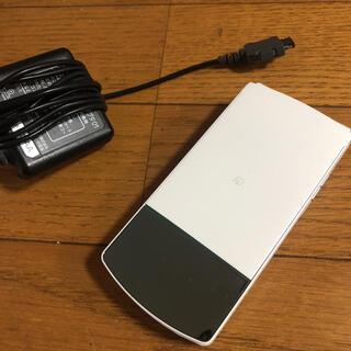 エヌイーシー(NEC)のdocomo ドコモ NEC N-01G 携帯電話 ガラケー ホワイト(携帯電話本体)