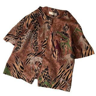アメリヴィンテージ(Ameri VINTAGE)の定価3万6千!アフリカンプリントのレトロな開襟ブラウス(シャツ/ブラウス(半袖/袖なし))
