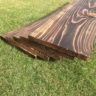 焼き目 杉板 3枚 プレナー加工 / 板 棚 シェルフ ワンバイ材 1×10