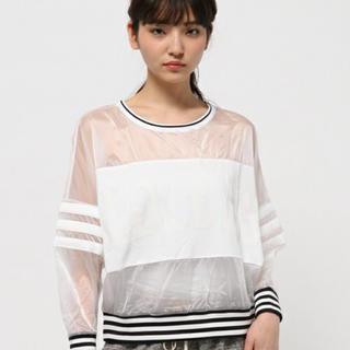 アディダス(adidas)のadidasおしゃれトップス🌟ほぼ新品(Tシャツ(長袖/七分))