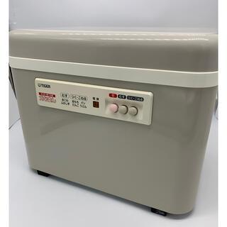 タイガー(TIGER)のタイガー 餅つき機 「力じまん」 二升 グレイッシュベージュ SMG-3604(調理機器)