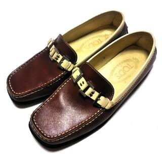 トッズ(TOD'S)のTOD's  ローファー   5    レザー(ローファー/革靴)