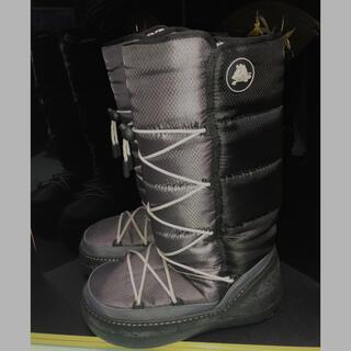 クロックス(crocs)の新品同様クロックスのスノーブーツ(ブーツ)