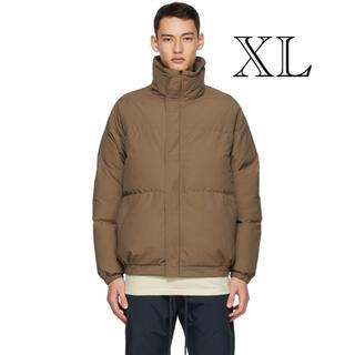 フィアオブゴッド(FEAR OF GOD)のESSENTIALS Exclusive Brown Puffer Jacket(ダウンジャケット)