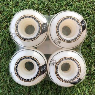 フェザーウィール CLASSIC 52mm 101A WT/GD(スケートボード)