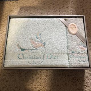 クリスチャンディオール(Christian Dior)の新品、未使用、未開封!Christian Dior  タオルセット(タオル/バス用品)