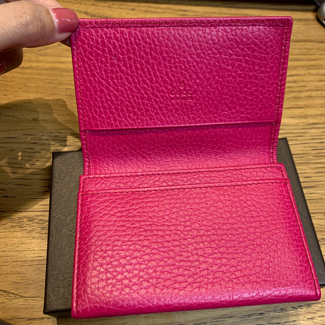 Gucci(グッチ)のGUCCI made in italy 名刺入れ ピンク レディースのファッション小物(名刺入れ/定期入れ)の商品写真