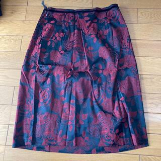 イエーガー(JAEGER)のレディース 薔薇模様のスカート (ひざ丈スカート)