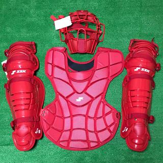 エスエスケイ(SSK)の☆新品未使用☆ 一般ソフトボール キャッチャー マスク プロテクター レガース(防具)