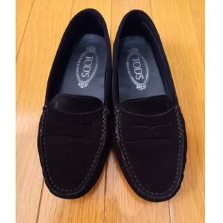 トッズ(TOD'S)のTOD'S トッズ モカシン スエード ローファー 36ハーフ 黒(ローファー/革靴)