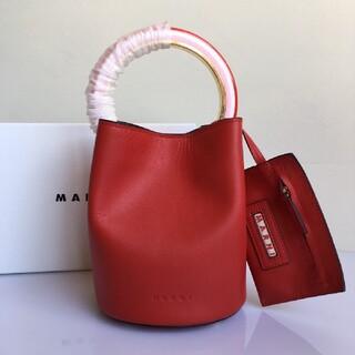 マルニ(Marni)の牛革のハンドバッグ(ハンドバッグ)