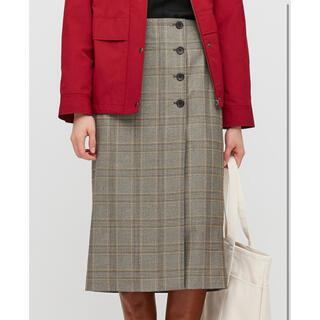 ユニクロ(UNIQLO)の【新品未使用】サイドボタンチェックラップスカート Mサイズ 丈標準(ひざ丈スカート)