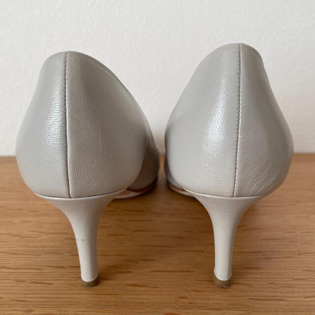 FABIO RUSCONI(ファビオルスコーニ)の大幅値下げ【美品】FABIO RUSCONI  バイカラーパンプス  レディースの靴/シューズ(ハイヒール/パンプス)の商品写真