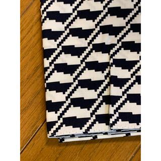 ドゥロワー(Drawer)の★htokyoハンカチ専門店ネイビー×白幾何学柄ハンカチ新品(ハンカチ)