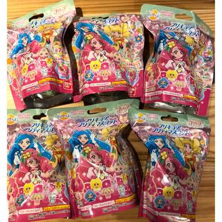 バンダイ(BANDAI)のプリキュア マスコット入り入浴剤 びっくらたまご 6個セット(お風呂のおもちゃ)
