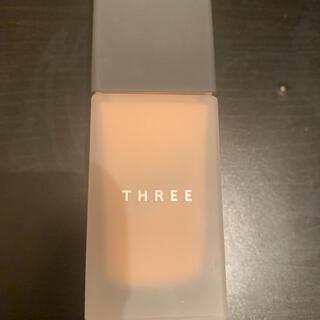 スリー(THREE)のTHREE  アドバンスドハーモニープライマー コンフィデンス(化粧下地)