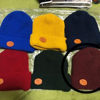 イルビゾンテ(IL BISONTE)のイルビゾンテ ニット帽 画像② ボルドー 正規品 1点の価格 まとめ買い(ニット帽/ビーニー)