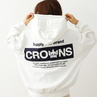 ロデオクラウンズワイドボウル(RODEO CROWNS WIDE BOWL)の最新ホワイト※早い者勝ちノーコメント即決しましょう❗️ご決断、お急ぎください…(パーカー)