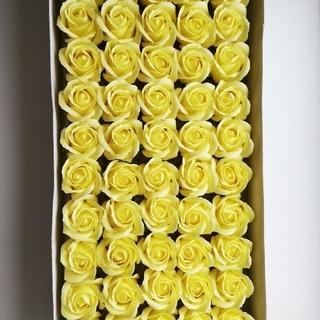 【アウトレット品】ソープフラワー 花材 薔薇バラ イエロー 50輪(その他)