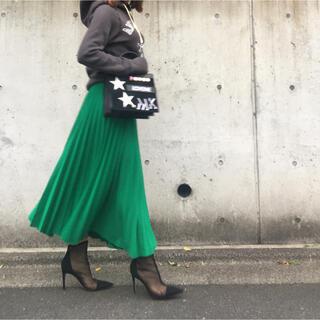 Drawer - drawerの鮮やかなグリーンニットウールプリーツロングスカートめ