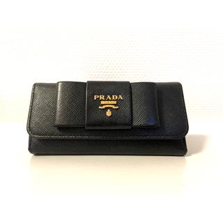 プラダ(PRADA)のPRADA プラダ サフィアーノ キーケース リボン ブラック(キーケース)