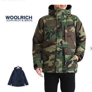 WOOLRICH - ウールリッチ マウンテンダウン Sサイズ ウッドランドカモ
