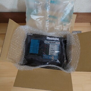 マキタ(Makita)のマキタ 新品 急速充電器 DC18RF(その他)