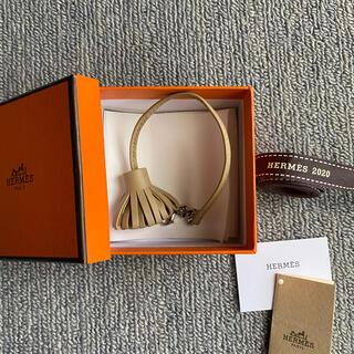 Hermes - 新品 HERMES エルメス カルメンチータ トレンチ 20cm