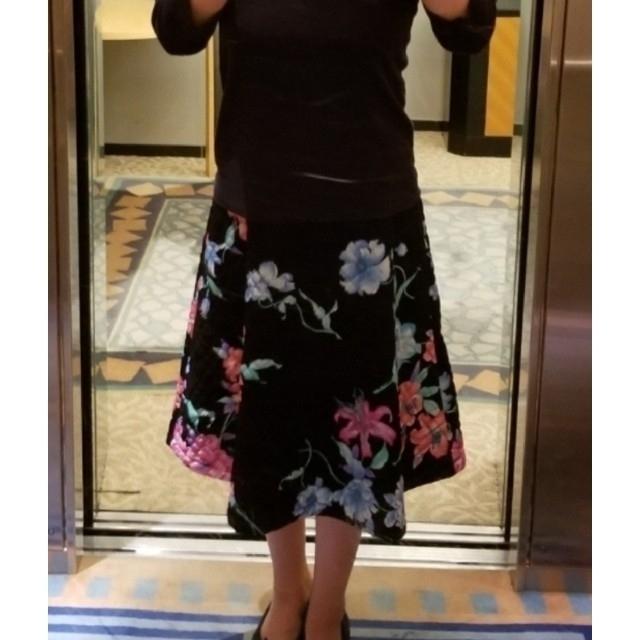 LEONARD(レオナール)の【未使用】2020年春夏柄 レオナール ワンピース 42サイズ レディースのワンピース(ひざ丈ワンピース)の商品写真