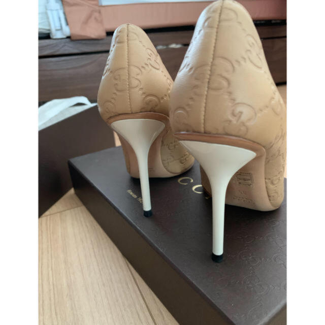 Gucci(グッチ)のGUCCI♡パンプス ベージュ 35  レディースの靴/シューズ(ハイヒール/パンプス)の商品写真