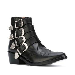 トーガ(TOGA)の新品未使用TOGA PULLA コンチョブーツ(ブーツ)