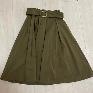 トランテアンソンドゥモード(31 Sons de mode)のカーキ色 フレアスカート(ひざ丈スカート)
