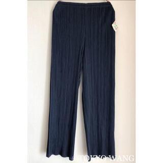 プリーツプリーズイッセイミヤケ(PLEATS PLEASE ISSEY MIYAKE)のPLEATS PLEASE パンツ ストレート 青 紺 ネイビー 黒 ズボン(カジュアルパンツ)