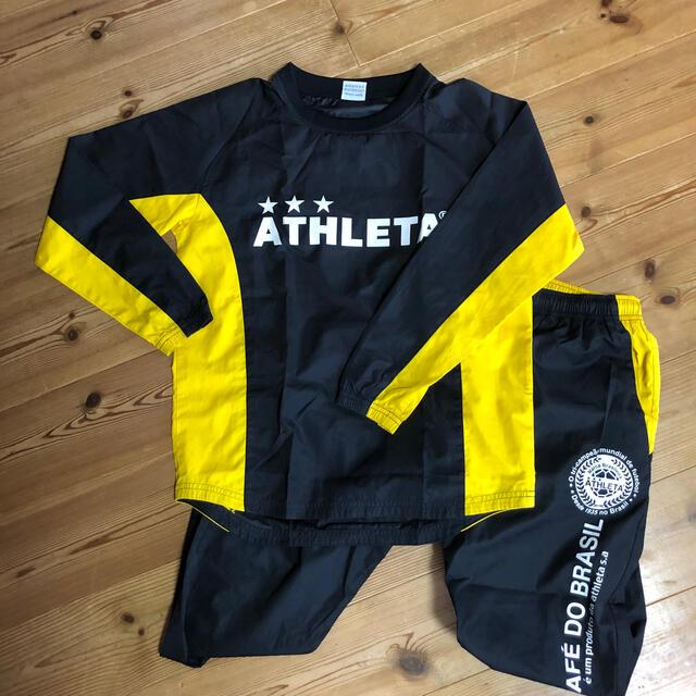 ATHLETA(アスレタ)のモンステラ様専用 アスレタ  ピステ上下 160 スポーツ/アウトドアのサッカー/フットサル(ウェア)の商品写真