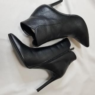 DIANA - DIANA ダイアナ定番人気 シンプル美脚ショートブーツ