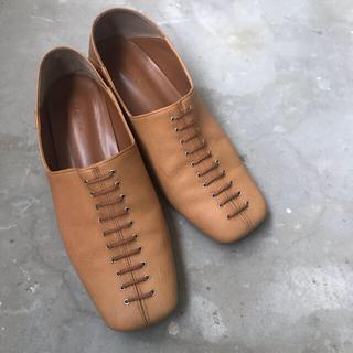 フレイアイディー(FRAY I.D)のレースアップバブーシュ(ローファー/革靴)