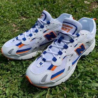 ニューバランス(New Balance)のNewBalance ml827 Metsカラー(スニーカー)