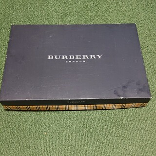 BURBERRY - BURBERRY バーバリー の タオル 空箱 ‼️