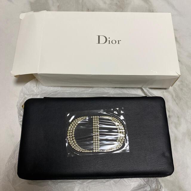 Dior(ディオール)のDior★ノベルティポーチ《新品未使用》 レディースのファッション小物(ポーチ)の商品写真