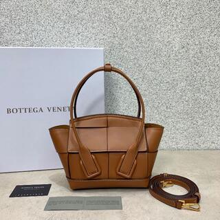 ボッテガヴェネタ(Bottega Veneta)のBOTTEGA VENETAショルダーバッグ(ショルダーバッグ)