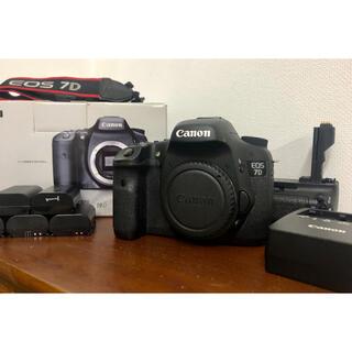 Canon - Canon 7D + BG-E7 バッテリーグリップ